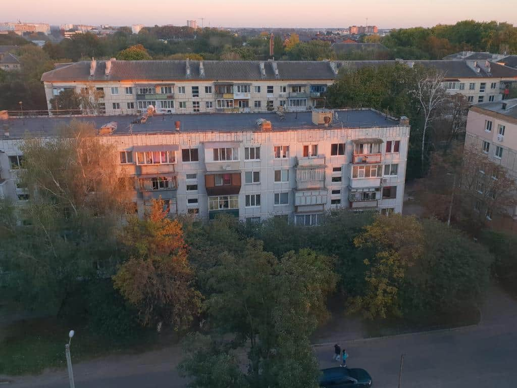 kiew wohnviertel sonnenuntergang