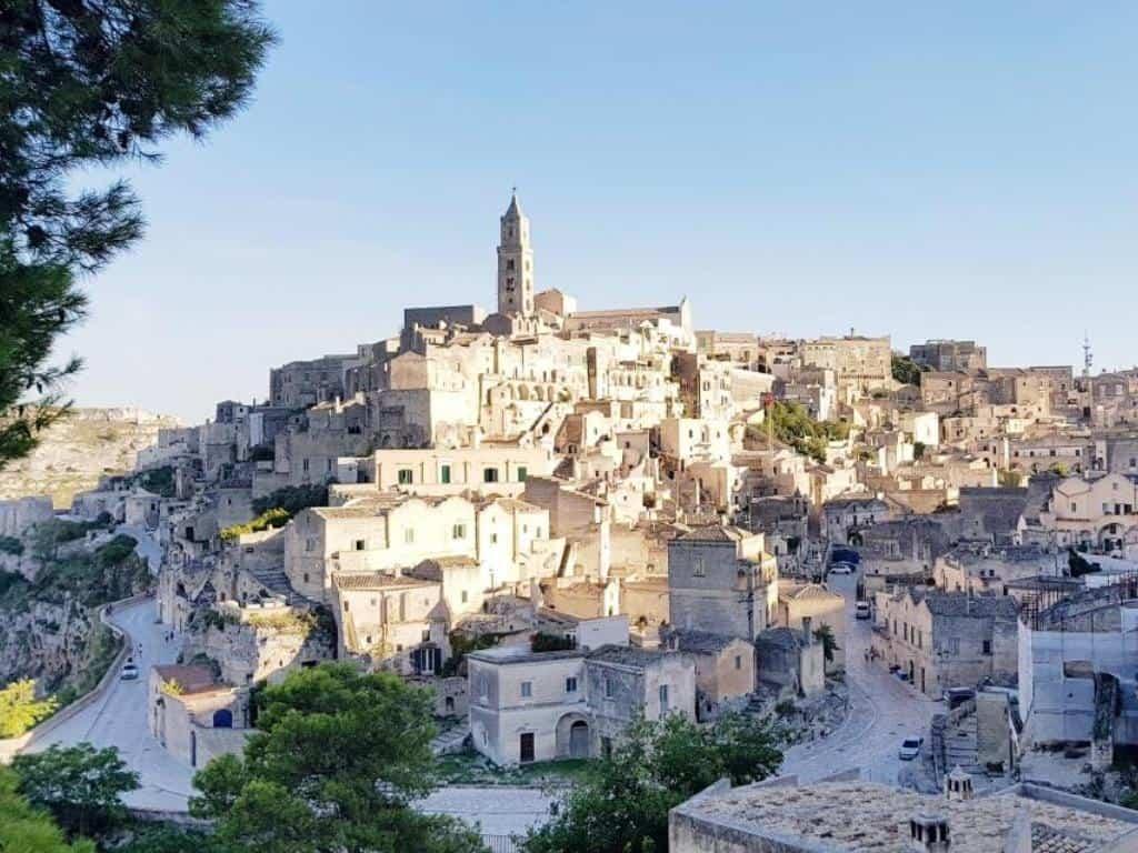 blick auf altstadt in matera kulturhauptstadt in basilikate süditalien