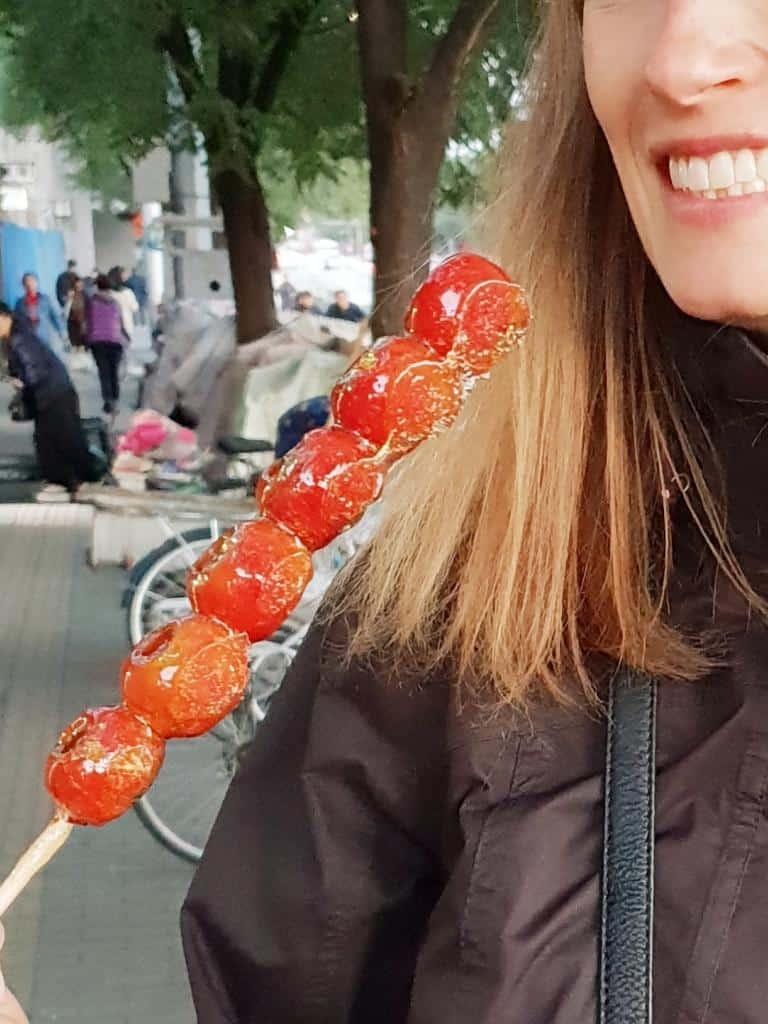 kandierte äpfel streetfood peking china