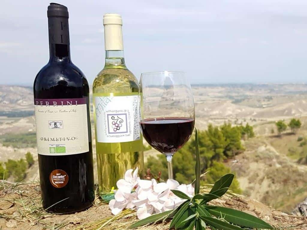 perrini wein in italien mit blick auf die landschaft