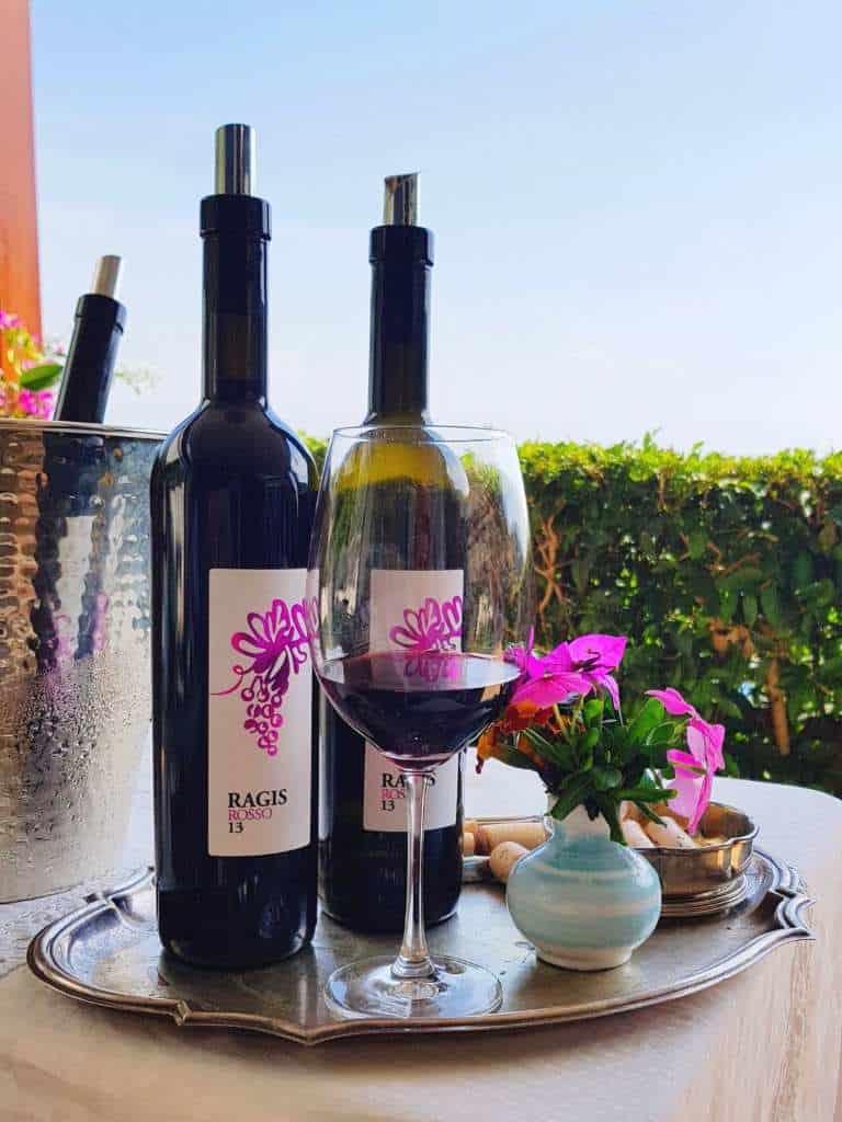 wein von der amalfi kueste vom weingut le vigne di raito italien