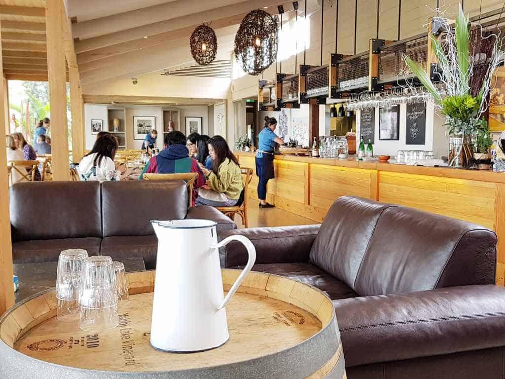 yabby lake vinyard weingut mit bar und restaurant